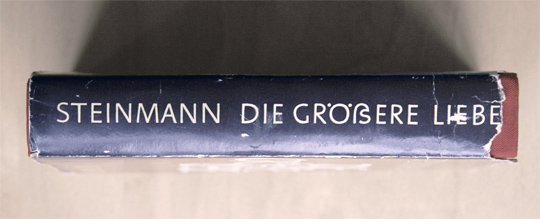 A novel using a Capital Eszett, printed in 1971
